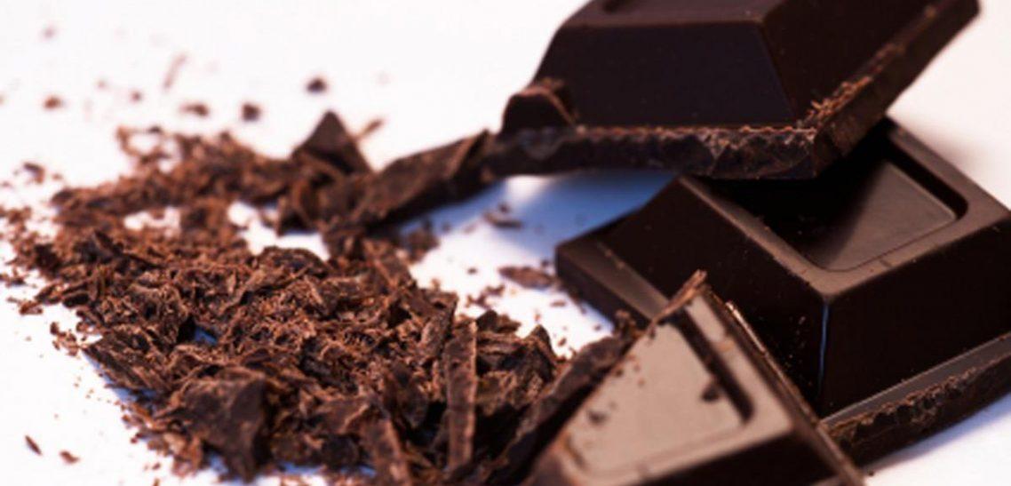 Perchè il cioccolato fondente fa bene