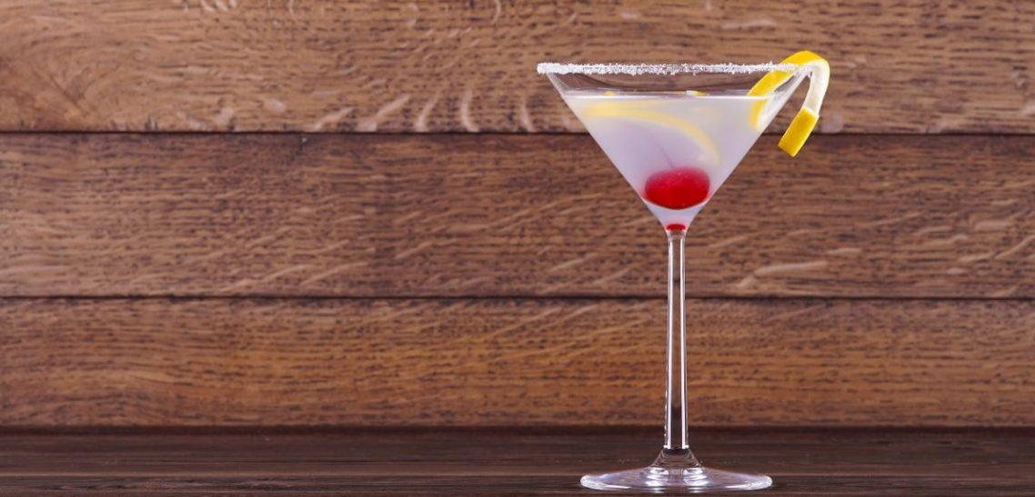 Ricetta Aviation Cocktail con prodotti Luxardo